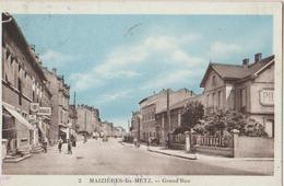 MAIZIERES LES METZ GRANDE RUE - Francia