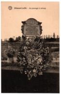 CPA Belgique - DINANT-LEFFE - Au Passage à Niveau (commémoration Des Martyrs) - Dinant