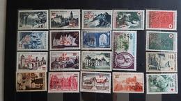 LA REUNION France 19 Timbres En Francs CFA NEUFS - Reunion Island (1852-1975)