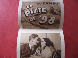 Dépliant 10 Vues - AU CAMEO - LA PISTE DE 98 - DOLORES DEL RIO - RALPH FORBES - Format : 8 X 6 Cm - Cinema Advertisement