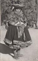 Amérique - Pérou - Peru - Pisac - India En Traje Dominical - Femme Costume Du Dimanche - Peru