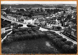 18 / TORTERON (Cher) - Vue Aérienne - Place Du Marché (années 50) - Autres Communes
