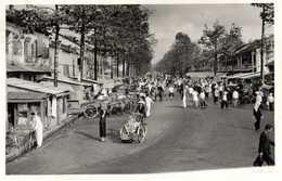 PHOTO PHNOM PENH  CAMBODGE  Rue Pousse Pouuse Velo - Places