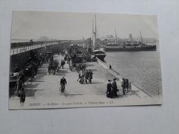 Ile De Jersey St Hélier Le Quai Victoria  Très Animé Marine Port Bateaux TBE - Jersey