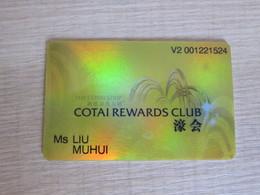 Cotai Rewards Club,Macao(corner And Edge With Tiny Damaged) - Casino Cards