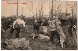 CPA Douanière - A La Frontière - 8. L'Attaque (arrestation Des Douanes) - Dogana