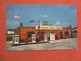 Orchard Gap Deli & Gas Station  Blue Ridge Parkway    Virginia >  Ref 3738 - Vereinigte Staaten
