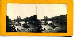 Photos Stéréoscopiques - Paris - Pont De La Tournelle Et Notre Dame Vu Du Pont Sully  En 1921  - D  19 - Fotos Estereoscópicas