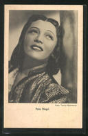 AK Schauspielerin Pola Negri Blickt Nach Oben - Actors