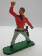 206 - Figurine Starlux - Cow Boy Carabine Chemise Rouge - Accidentée - Starlux