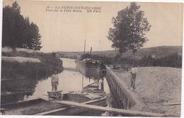 77 LA FERTÉ-SOUS-JOUARRE - Port Sur Le Petit Morin - Péniches, Chargement à La Brouette - ND Phot, N° 58 - La Ferte Sous Jouarre