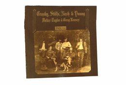 CD N°4137 - CROSBY, STILLS, NASH & YOUNG - DEJA VU - COMPILATION 10 TITRES - Rock