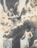 CPA...ENFANT....  ARTISTIQUE..    CHER PETITS  ANGES ET LEUR POUPEE ...TBE ..1906.SCAN - Portraits