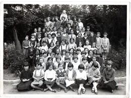 Photo Ancienne De Classe De Filles - AIXE Sur VIENNE ( Haute Vienne ) - Orte