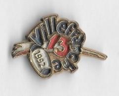 Pin's  Ville, Sport  RUGBY  XIII  De  VILLEFRANCHE - DE - ROUERGUE  Villefranche-de-Rouergue. ( 12 ) - Rugby