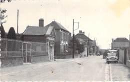 80 - HESMERY : La Grande Rue - CPSM Village ( 780 Habitants) Dentelée Grand Format CPA 1956 - Somme - Autres Communes