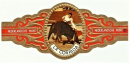 LA CORRIDA - N.º 11 - NEDERLANDSCHE MUNT - TOURADA - Cigar Bands - Cintas De Charuto - Bagues De Cigares