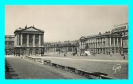 A704 / 203 78 - VERSAILLES Chateau Cour Des Ministres - Versailles