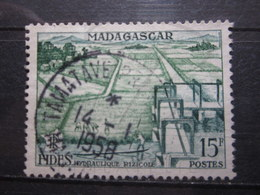"""VEND BEAU TIMBRE DE MADAGASCAR N° 330 , OBLITERATION """" TAMATAVE """" !!! - Used Stamps"""