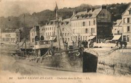 SAINT VALERY EN CAUX CHALUTIER DANS LE PORT LE SAINT LEGER EXCELLENT ETAT - Saint Valery En Caux