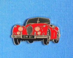 1 PIN'S //  ** JAGUAR-XK-140-SE-ROADSTER 1955 ** . (Démons & Merveilles) - Jaguar