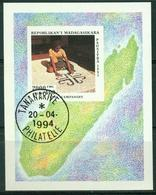 Bm Madagascar 1994 MiNr Block 255 Sheet Used | Traditional Crafts, Silver Jewellery, Carpet, Ampanihy - Madagascar (1960-...)