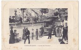 USSON LES BAINS  -  ARRIVEE DE L AUTOBUS - Francia