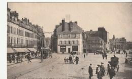 Boulogne Sur Mer ( Pas De Calais) Avec Estaminet , Café , Tramway , Animée - Boulogne Sur Mer