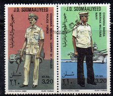 XP3151 - SOMALIA 1983 , Uniformi Militari Coppia Usata (2380A) - Somalia (1960-...)