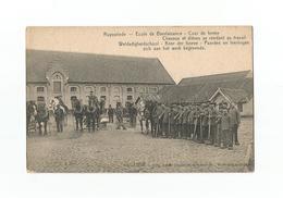 Ruysselede - Weldadigheidschool - Koer Der Hoeve - Paarden En Leerlingen Zich Aan Het Werk Begevende (1915). - Ruiselede