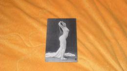 CARTE POSTALE ANCIENNE CIRCULEE DATE ?...POSE FEMME NUE ...EDITION TREFLE.. - Fine Nudes (adults < 1960)