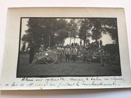 Belle Carte Photo Voiturettes A Blessés Pendant Bombardement Lieu Indéchiffrable 1914-18 - 1914-18