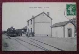 58 Chatillon En Bazois Le Tacot En Gare - Chatillon En Bazois