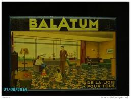 POC1   046  . BALATUM  MOQUETTE  Meubles TOLE Dessins Titre Gaufrés  51 X 35  Annee 39 A 45  Bon état - Publicidad (Avisos)