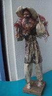 Statue Homme - Pecheur Et Son Filet, En Papier Maché - Hauteur 38 Cm - Autres