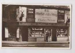Devanture De COMMERCE D' ANTIQUITÉS - Magasin The Old Curiosity Shop - London - Geschäfte