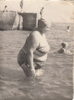 RUSSIA.  # 3447 A PHOTO. Swimsuit. BEACH. BURST.  *** - Fotos