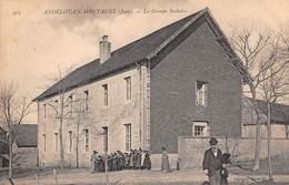 39 -   CPA ANDELOT EN MONTAGNE Le Groupe Scolaire - Autres Communes