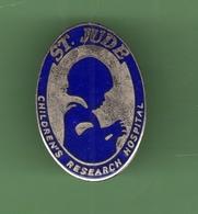 SAINT JUDE CHILDREN'S RESEARCH HOSPITAL *** 2013 (122) - Médical