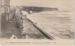 Calvados : ARROMANCHES  : Vue   De La   Dihue  Un Jour De  Tem^pete - Arromanches