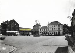 Lessines - Place De La Gare - Autobus ( Edit : Maison Foucart ) - Lessines