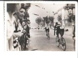 Juan Les Pins. Tour De France  Photo 1947.Les Attardés. - Wielrennen