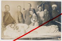 Original Foto - Gleiwitz - August 1916 - Lazarett Mit Hübschen Krankenschwestern Und Ernsten Kriegern - Gliwice - Schlesien