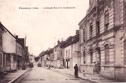 CPA  Chaource (10)La Grande Rue Et La Gendarmerie Nationale  Cl Granddidier   Rare - Chaource