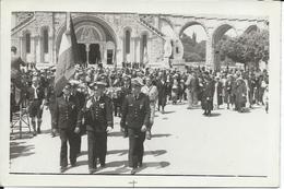 Rare Photo Groupe D'Aviateurs  Drapeau   à Lourdes  En 1937. - Autres
