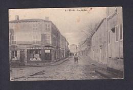 Etain (55) Rue De Metz ( Commerce Au Bon Marche Ed. Societe Nanceienne D'Alimentation Lefrevre Gerant ) - Etain