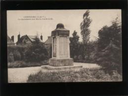 35 Combourg Le Monument Aux Morts  1914 1918 Pas D'éditeur - Combourg