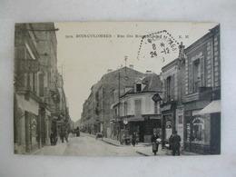 BOIS COLOMBES - Rue Des Bourguignons (animée) - France