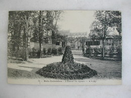 BOIS COLOMBES - L'entrée Du Square - Other Municipalities
