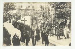 SUISSE . FRIBOURG . PROCESSION DE LA FETE DIEU EN 1919 . LES FRANCISCAINS. CARTE PHOTO - FR Fribourg